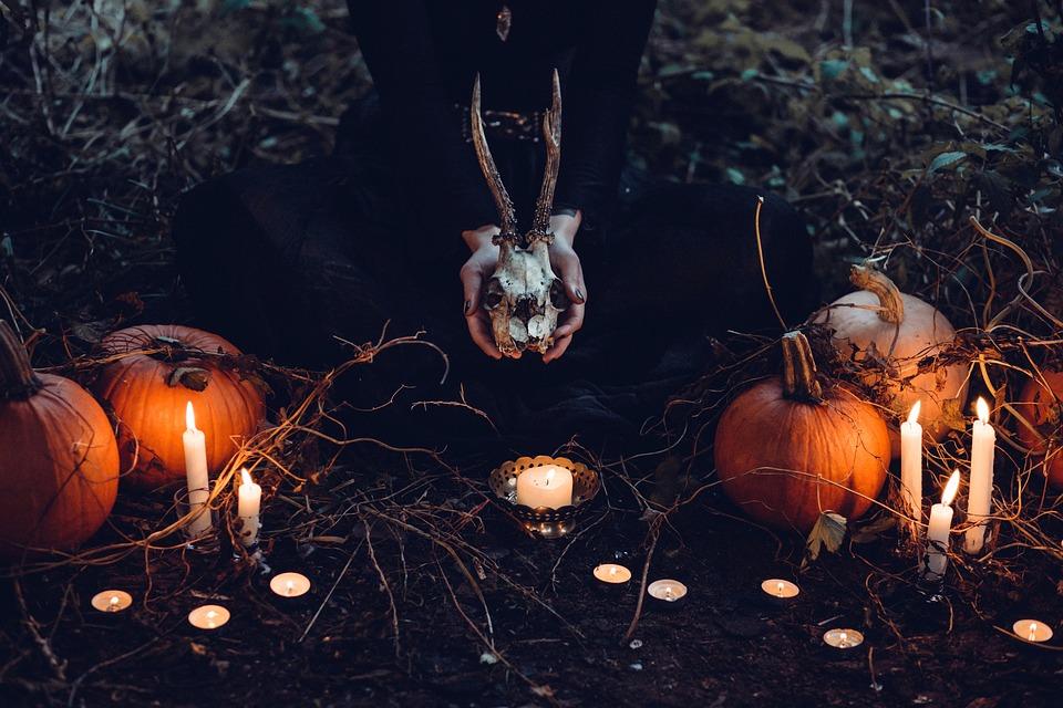 Los emplazamientos más terroríficos de Navarra para disfrutar de Halloween