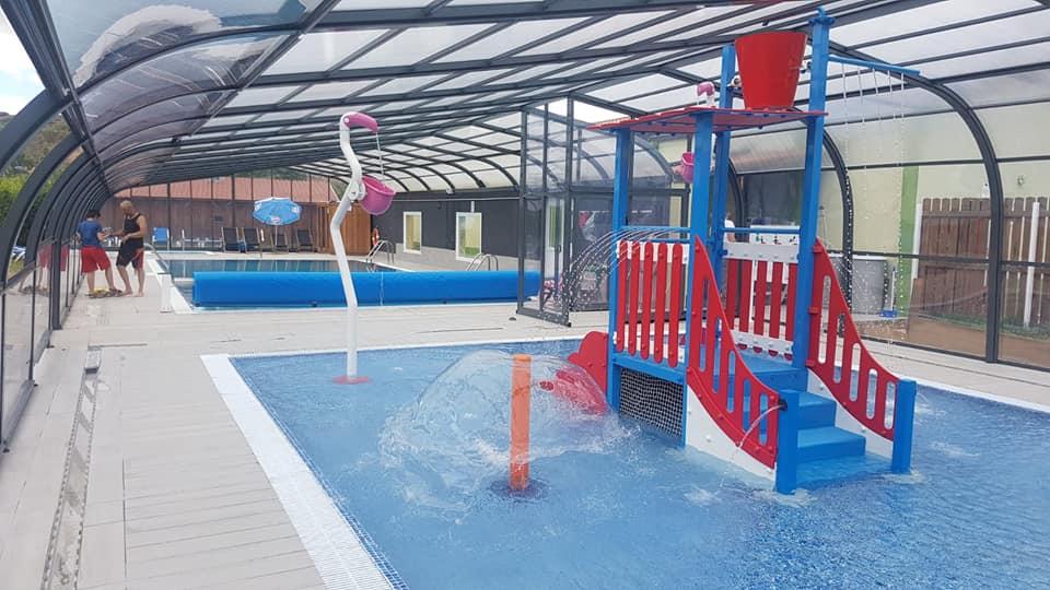 Nueva piscina infantil de chapoteo en el Camping El Molino